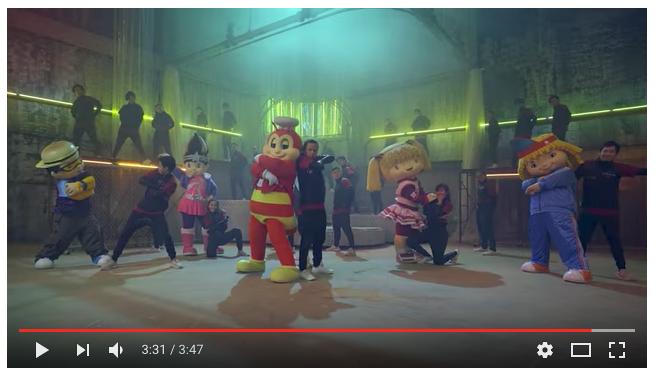 【フィリピン広告事情】Jollibeeジョリビー vs プロダンサーのダンスバトル CM動画が面白い